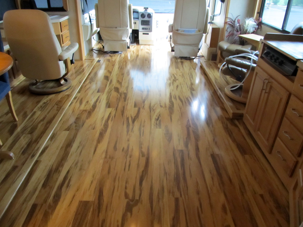 Rv Flooring Amp Finishes Dave Amp Lj S Rv Furniture Amp Interiors